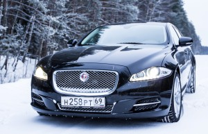 Jaguar XJ во всей красе.